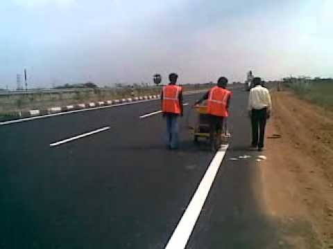 2 خط کشی - خط کشی جاده - خط کشی مسیر - انواع خط کشی - ترافیک - آذین ترافیکjpg