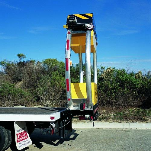 جهیزات-ایمنی-راه-ها-جاده-بشکه-ترافیکی-بکسل-هشدار-تضعیف-کننده