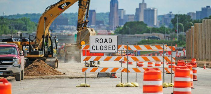 علائم ایمنی - ایمن سازی جاده - پل -تابلو ها-تابلو های اخطاری مورد نیاز- تابلو ترافیکی تابو اخباری