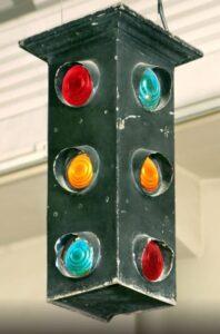 اولین چراغ راهنمایی سه رنگ در دیترویت